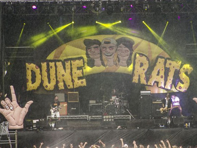 Dune Rats Inflatable Stage set